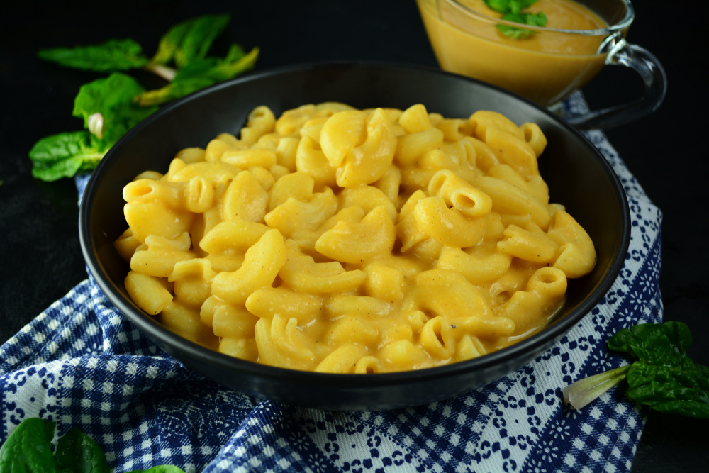 vegan mac and cheese is an affordable meal
