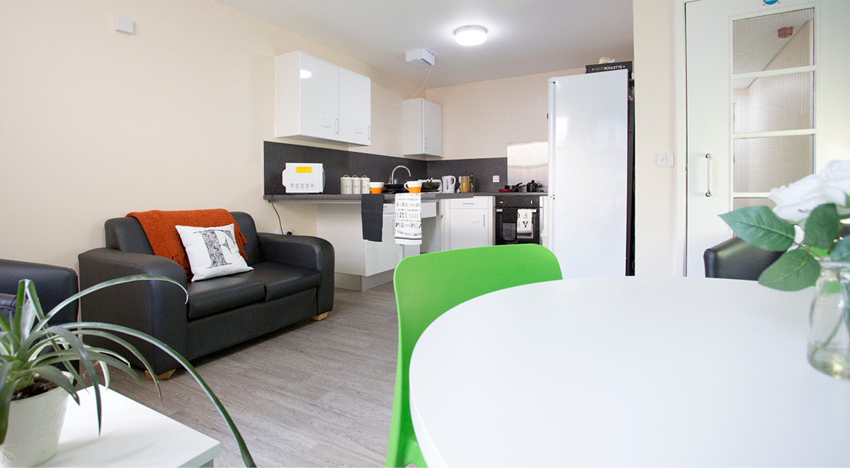 Premium Shared Kitchen Facilities at Agnes Jones House in Liverpool